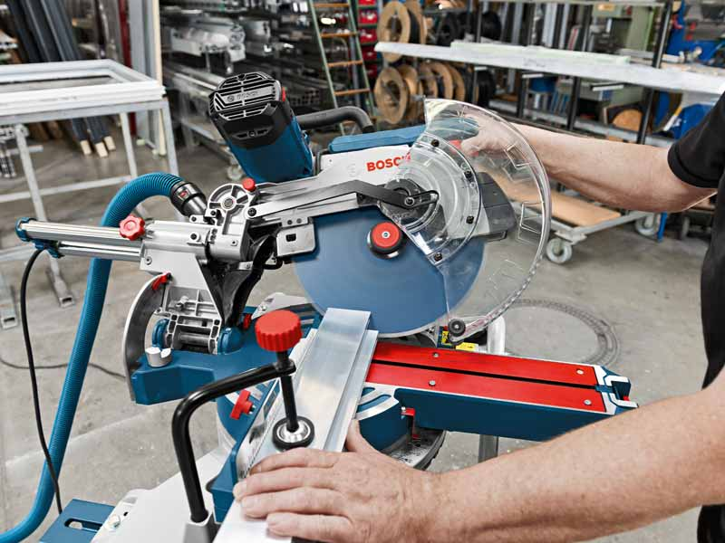bosch gcm 12 sde 230v 12in sliding mitre saw. Black Bedroom Furniture Sets. Home Design Ideas