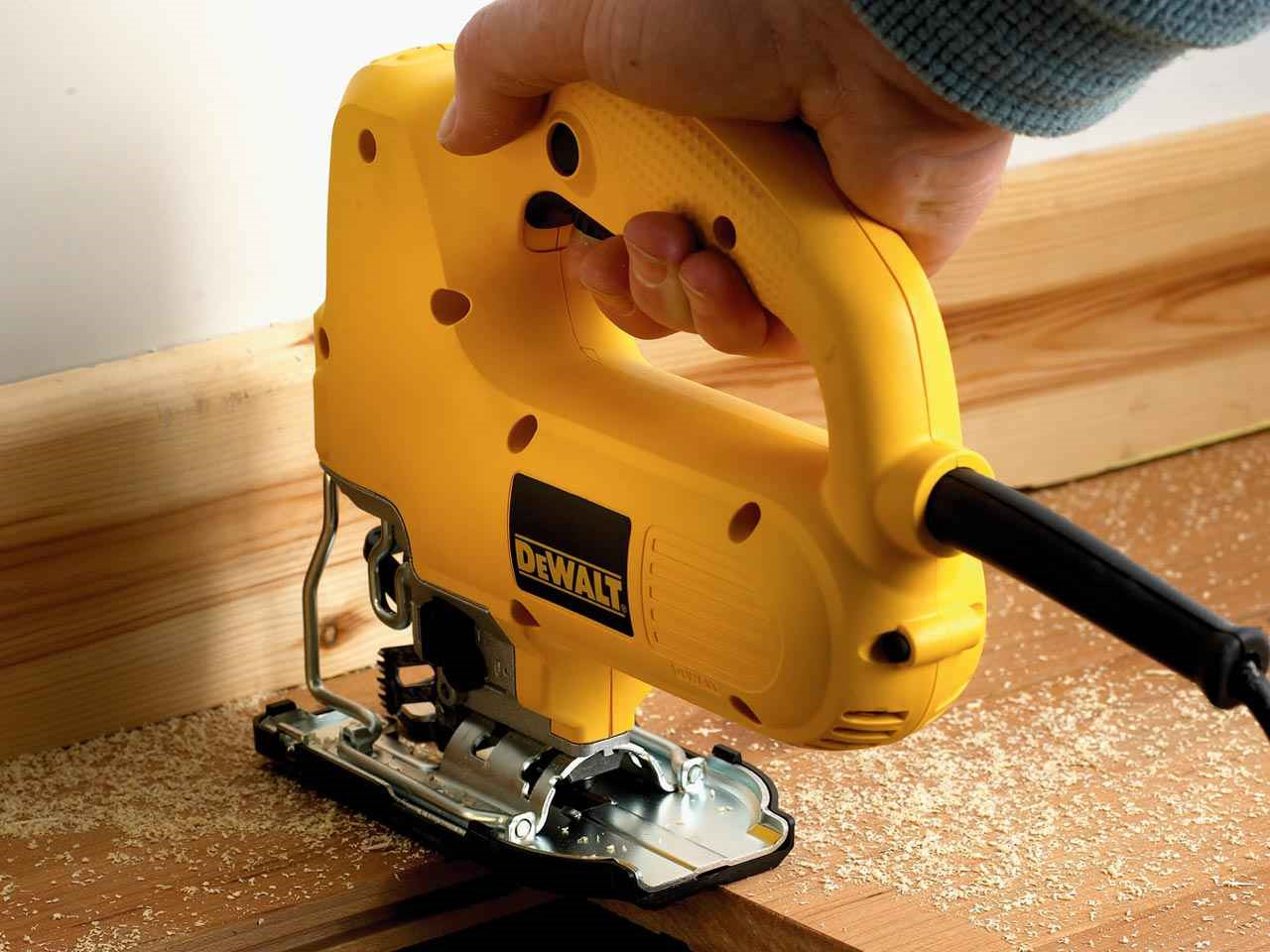 Dewalt dw341k 240v compact top handle jigsaw 550w dewalt authorised reseller greentooth Images