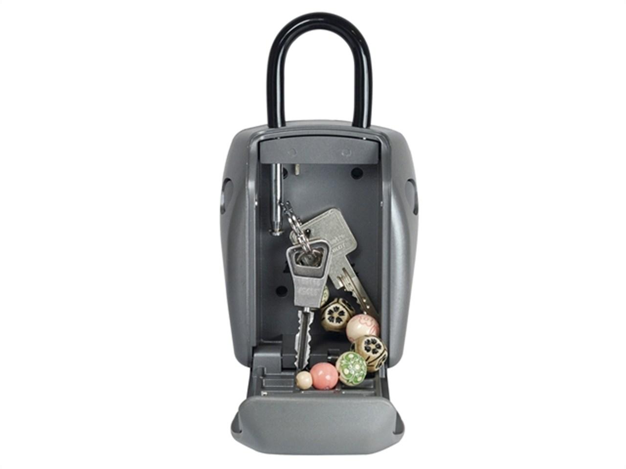Masterlock 5414eurd Reinforced Security Key Safe Shackled