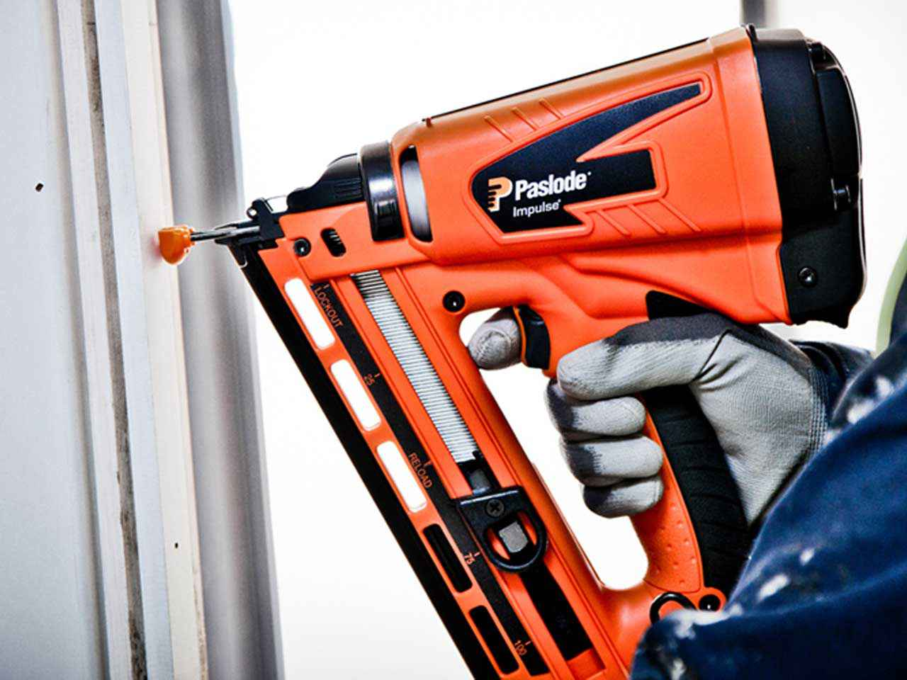 013313 PASLODE IM65A F16 Lithium Finishing Nailers