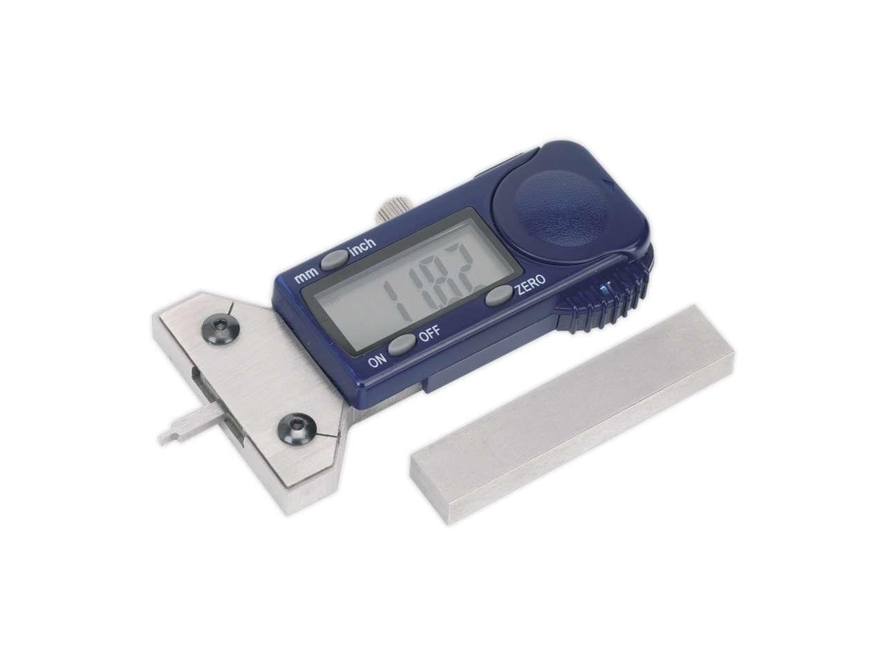 how to read a tread depth gauge